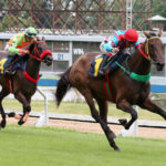 ตำนานแข่งม้า ปิดตำนาน 102 ปี 'สนามม้านางเลิ้ง แห่ดูแข่งม้านัดสุดท้าย